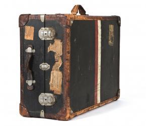 Ernst Kreneks Koffer der Emigration