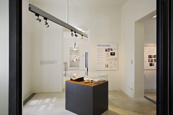 Ernst Krenek Forum, Ausstellung am Minoritenplatz in Krems, Eingangsbereich