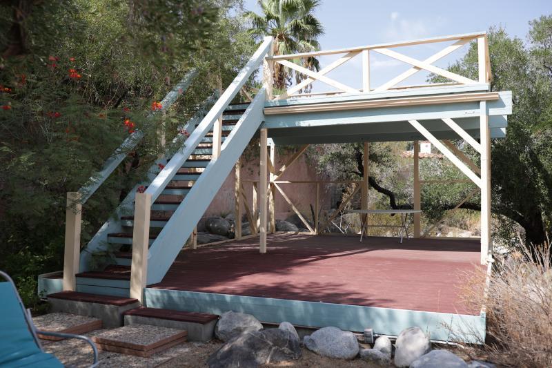 Krenek-Haus-Palm-Springs-Terrasse